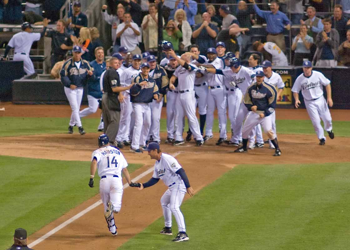 Home Run Baseball Photography Tips